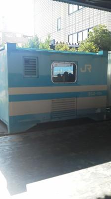 F1010094